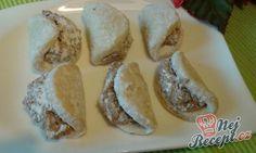 Na Vánoce nebo jen tak ke kávičce. Vynikající ořechové škebličky. Náplň můžete zaměnit za makovou, povidlové, čokoládovou, ... Autor: Lucka