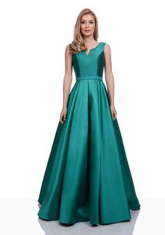 Bridesmaid Dresses, Prom Dresses, Formal Dresses, Wedding Dresses, Party Gowns, Party Dress, Clothing Boutique Interior, Burgundy Wedding, Satin Dresses
