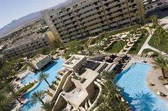 expedia hotels las vegas golden nugget