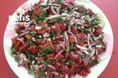 Dry Tomato Salad (No Such Flavor) – Yummy Recipes - Salat Yummy Recipes, Lunch Recipes, Tomato Salad Recipes, Healthy Facts, Good Food, Yummy Food, Feta Salad, Couscous Salad, Food Tasting