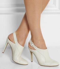 Look for Less – Altuzarra Leather Mules Fancy Shoes, Pretty Shoes, Beautiful Shoes, Cute Shoes, Me Too Shoes, Pumps Heels, Shoes Sandals, Dream Shoes, Mode Inspiration