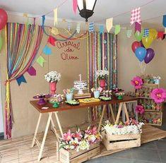 На данном изображении может находиться: в помещении Picnic Birthday, Unicorn Birthday Parties, Birthday Celebration, Artist Birthday, Barbie Party, Sleepover Party, Fiesta Party, Party Activities, Holidays And Events