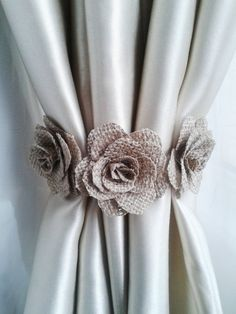 Curtain tie back Burlap Flower curtain tie por LamoreBoutique