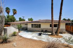 Completely Remodeled 3BR Palm Desert Home w/Wifi, Private Patio & Spectacular Mountain Views - Peaceful Location Near Civic Center Park, Golf Courses, Shopping & More! #travel #california