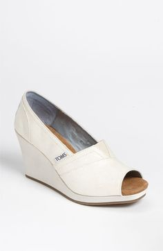 TOMS Glitter Grosgrain Wedge available at Nordstrom- Reception Shoes Bridal Shoes, Wedding Shoes, Wedding Dress, Toms Outfits, Fashion Outfits, Uggs With Bows, White Toms, Cheap Toms, Shoe Clips