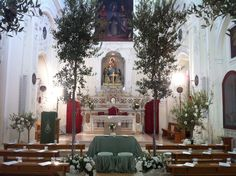 An olive grove for catholic ceremony in Matera Italy - luxury weddings in Italy - floral decorations for churches