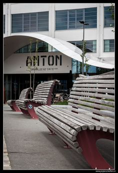 https://flic.kr/p/sCKkBY   Anton   Former Philips building on Strijp S in Eindhoven, dedicated to Anton Philips.