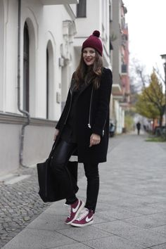 JOURlook: Turnschuhe im Winter | Journelles Nike Beanie