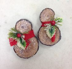 Wood chips snowman ornaments.                                                                                                                                                                                 More