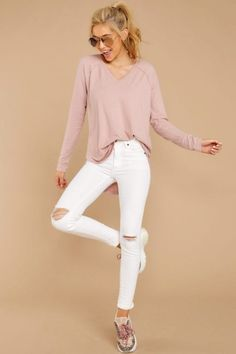 Giftry - The social wish list that helps you get (or give) the gifts you actually want. Oufits Casual, Comfy Casual, White Tshirt Outfit, Beautiful Outfits, Cute Outfits, Saturday Outfit, Rose Shirts, Ladies Dress Design, Spring Outfits
