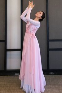 Berit worship dancewear ♡ 아름다운 워십복 베리뜨 ♡ 워십의상 칸타타드레스 worshipdress Dance Fashion, Fashion Outfits, Praise Dance Dresses, Dance Uniforms, Worship Dance, Girl Dress Patterns, Sweet Dress, Dance Outfits, Dance Costumes