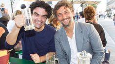 Star tenors Rolando Villazon and Jonas Kaufmann having a beer together.