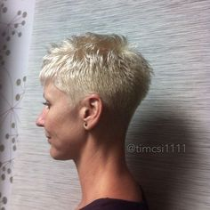 If it's gonna look like this, I don't wanna do it Funky Short Hair, Really Short Hair, Super Short Hair, Short Grey Hair, Short Hair Cuts, Short Hair Styles, Pixie Cuts, Short Spiky Hairstyles, Thin Hair Haircuts