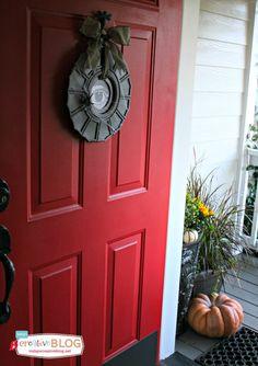 Ceiling Medallion Halloween Wreath | TodaysCreativeBlog.net   #LowesCreator @Lowes