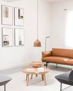 2,293 vind-ik-leuks, 11 reacties - Muuto - New Nordic (@muutodesign) op Instagram: 'OUTLINE sofa in cognac leather combined with a muted color palette. AROUND table in oak and GRAIN…'