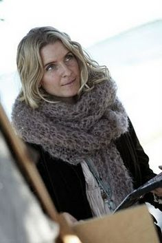 I can knit that scarf.