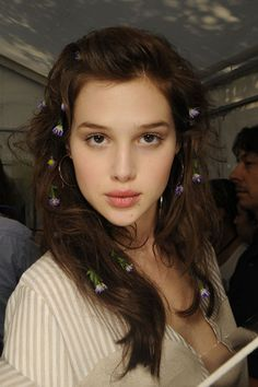 Anais Pouliot Backstage, Alexis Mabille, Paris Fashion Week. BEAUTIFUL!