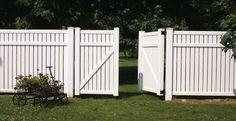 White Outdoor Garden Vinyl Fence Panel,White Outdoor Garden Vinyl Fence in Canada