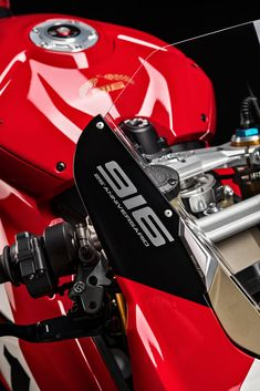 Ducati Panigale V4 25°Anniversario 916 Ducati Motorcycles, Cars And Motorcycles, Ducati 916, Moto Bike, Pikes Peak, Super Bikes, Cbr, Golf Bags, Vehicles