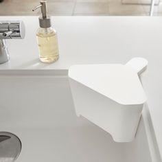 キッチン_インテリア_雑貨_ランドリー_収納のメーカーさんはInstagramを利用しています:「浮かせるから衛生的。「浮かせる フタ付き三角コーナー…」 General Goods, Life Hackers, Housekeeping, Household, Sink, Bathtub, Organization, Bathroom, Storage