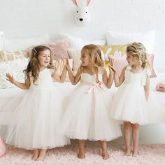 Fattiepie Dresses- Designer of modern classic flower girl dresses with comfort fit and unique styles, girls robes, flower girl sashes and made to order.