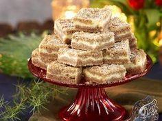 Pepparkaksrutor med vanilj Swedish Christmas, Christmas Sweets, Christmas Baking, Swedish Recipes, Sweet Recipes, Zeina, Candy Cookies, Bagan, Dessert Bars