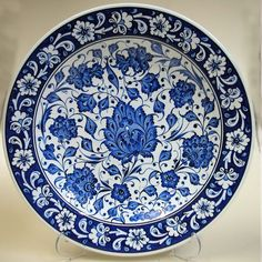 Online shopping from a great selection at Handmade Products Store. Clay Plates, Ceramic Plates, Porcelain Ceramics, Decorative Plates, China Painting, Ceramic Painting, Ceramic Art, Turkish Tiles, Turkish Art