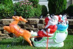 Vintage Christmas Blow Mold ~ Empire Plastic Santa Sleigh and Reindeer ©1977