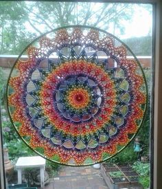 Best 12 Cheer up your world with these colourful hoop mandalas – a free pattern from The Little Bee! Crochet Mandala Pattern, Crochet Circles, Crochet Art, Crochet Home, Crochet Gifts, Crochet Doilies, Crochet Patterns, Knitting Projects, Crochet Projects
