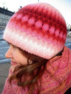 Knit Or Crochet, Free Crochet, Crochet Hats, Amigurumi Patterns, Knitting Patterns, Crochet Patterns, Knit Mittens, Knitted Hats, Crochet Top Outfit