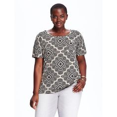 Old Navy Womens Plus Patterned Boyfriend Tees ($14) ❤ liked on Polyvore featuring tops, t-shirts, black, plus size, plus size tops, plus size t shirts, women plus size tops, boyfriend t shirt and short sleeve tees