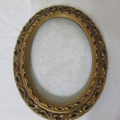 Picture Frame Gesso Oval Resin with Glass 5 x 7 Vintage Photo Frames, Picture Frames, I Shop, Photo Wall, Friends, Gallery, Gold, Pictures, Handmade