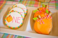"""""""little peach"""" first birthday- if i ever get to have my baby georgia, i am SO using this as her 1st bday party theme- """"Georgia Peach!"""" love it!"""