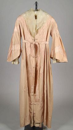 Dressing Gown ca. 1866 Culture: American Medium: Wool, silk, cotton
