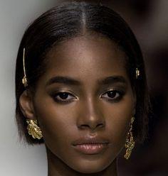 Black is beautiful Guillaume GOMA Dark Beauty, Ebony Beauty, Beauty Skin, Beauty Makeup, Black Is Beautiful, Beautiful Lips, Beautiful Pictures, Beautiful Women Tumblr, African Beauty