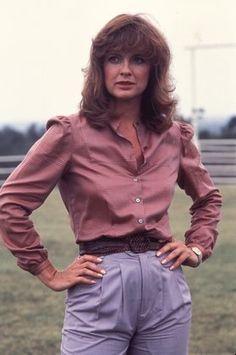 Dallas 1978: Sue Ellen outfit (IMDB)