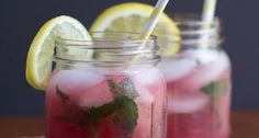 Girls night in just got better with this Skinny Raspberry Acai Spritzer. Raspberry Acai, club soda and fresh mint come together to make this refreshing drink! Party Drinks, Cocktail Drinks, Fun Drinks, Healthy Drinks, Beverages, Healthy Food, Smoothies, Smoothie Drinks, Refreshing Drinks