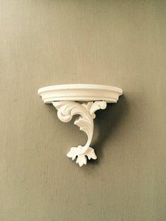 White Solid Wood Half Round Shelf - Florentine Style - Vintage 1930's England…