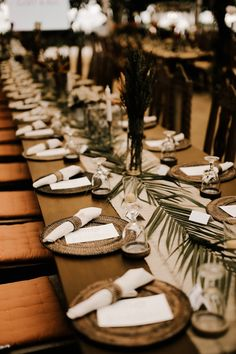 A Gorgeous Beach Wedding with Tropical Tones Absolutely in love with this table set up for this tropical wedding Beach Theme Wedding Invitations, Beach Wedding Centerpieces, Beach Wedding Reception, Beach Wedding Flowers, Wedding Colors, Wedding Ideas, Wedding Bouquets, Wedding Orange, Wedding Themes