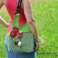Crochet bag with red poppies pattern DIY por VendulkaM en Etsy