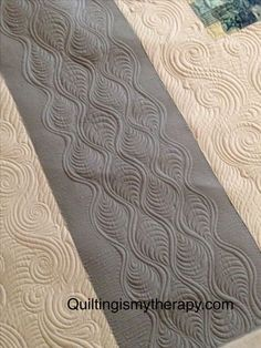 Love this design from quiltingismytherapy.com