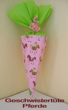 Geschwistertüte Pferd Pony Schultüte 32cm Geschenk von bastel-reni auf DaWanda.com Planter Pots, Etsy, Inspiration, Back To School, Entering School, Sachets, School, Gifts, Other
