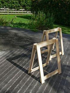 diy trestle legs for studio workbench.