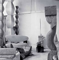 "Romanian sculptor Brancusi's studio, Paris, Photograph by Alexander Liberman.The image is published in the book ""Brancusi in New York by ASSOULINE.Image Courtesy of the Brancusi Estate and Paul Kasmin Gallery. Modern Sculpture, Sculpture Art, Basquiat, Constantin Brancusi, Artist At Work, Installation Art, Online Art, Pop Art, Gallery"
