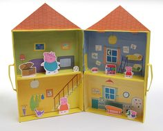 Teach kids about recycling with this fun, easy-to-make cereal box craft featuring Peppa Pig. Baixe agora os moldes para fazer a casa da Peppa Pig! Peppa Pig Puppet Playhouse via NickJr Home of Peppa Pig gioco Per Stampa Gratis. Use cereal boxes for rooms Cereal Box Craft For Kids, Cereal Box Crafts, Kids Crafts, Peppa Pig House, Cumple Peppa Pig, Dora, Pig Party, Cardboard Crafts, Cardboard Playhouse