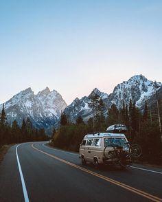 Camping Life, Camping Hacks, Camping Europe, Camping Trailers, Camping Checklist, Camping Activities, Camping Crafts, Camping Essentials, Camping Meals