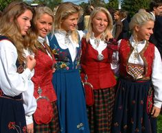 Traditional women's bunads from Central and Southern Norway The bunad is a traditional Norwegian costume worn by both men and women. Norway Culture, Norwegian Clothing, Islam, Thinking Day, Folk Costume, Bridesmaid Dresses, Wedding Dresses, Scandinavian Style, Traditional Dresses