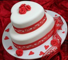 heart cakes | cake hearts on Valentines or Wedding two tier heart shaped cake ...