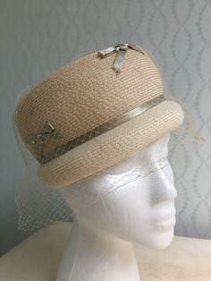 Ivory Woven Pillbox/Bumper Hat by El-Don, New York by PurpleIrisVintage on Etsy