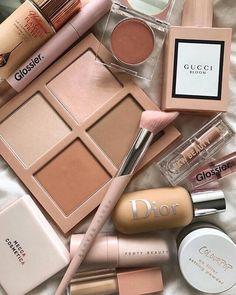 Sephora Makeup, Skin Makeup, Eyeshadow Makeup, Makeup Cosmetics, Revlon Eyeshadow, Drugstore Makeup, Gold Makeup, Eyeshadow Palette, Makeup Brushes